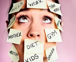 """Stress e Alimentazione. """"Quanto più tempo risparmiamo, tanto meno ne abbiamo"""" (H. Rosa)"""